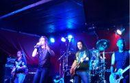 A pesar de la crisis gran show de Helker en City Bar de Martinez