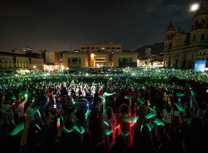 Una luz por las mujeres batió Record Guinness en Bogotá