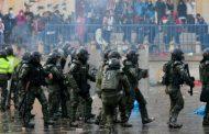 Continúan los enfrentamientos y crece la violencia de las fuerzas de seguridad en Colombia
