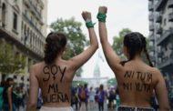 Multitudinaria marcha de mujeres y disidencias: paro y reclamos feministas
