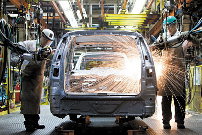 La industria creció 8,2% en junio contra 2019 por la construcción y las automotrices