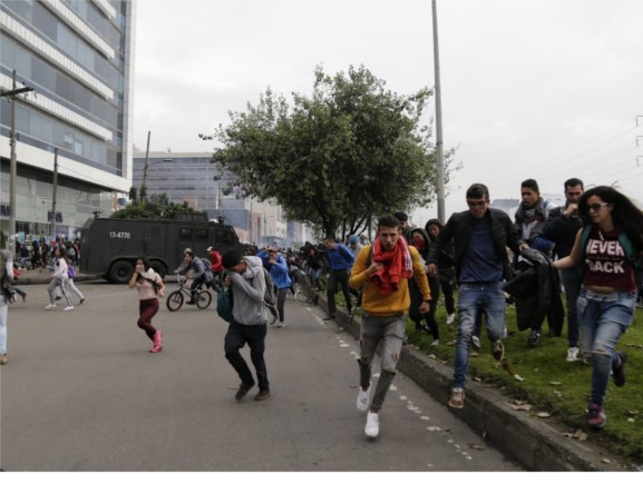 Disturbios Marcha Estudiantil en Bogotá