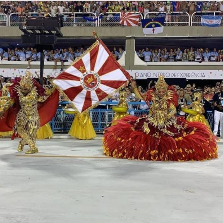 Samba, color y critica social y política: las caras del Carnaval de Río de Janeiro 2020