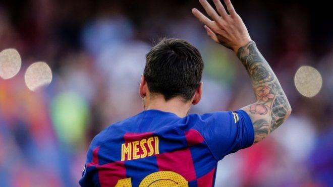 Messi le informó a la dirigencia del Barcelona que se quiere ir.