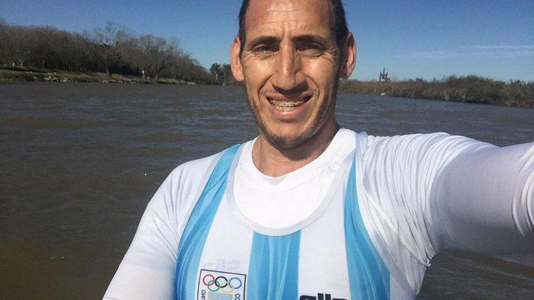 Ariel Suárez, el remero olímpico rompió la prohibición de entrenar por la pandemia