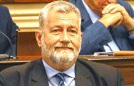 Balean al diputado Miguel Arias, en acto de cierra de campaña